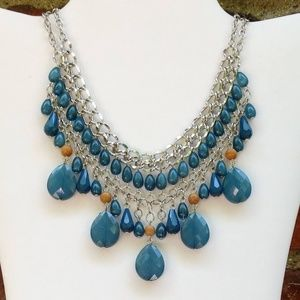 Jewelry - Silver necklace w/teal and wood beads